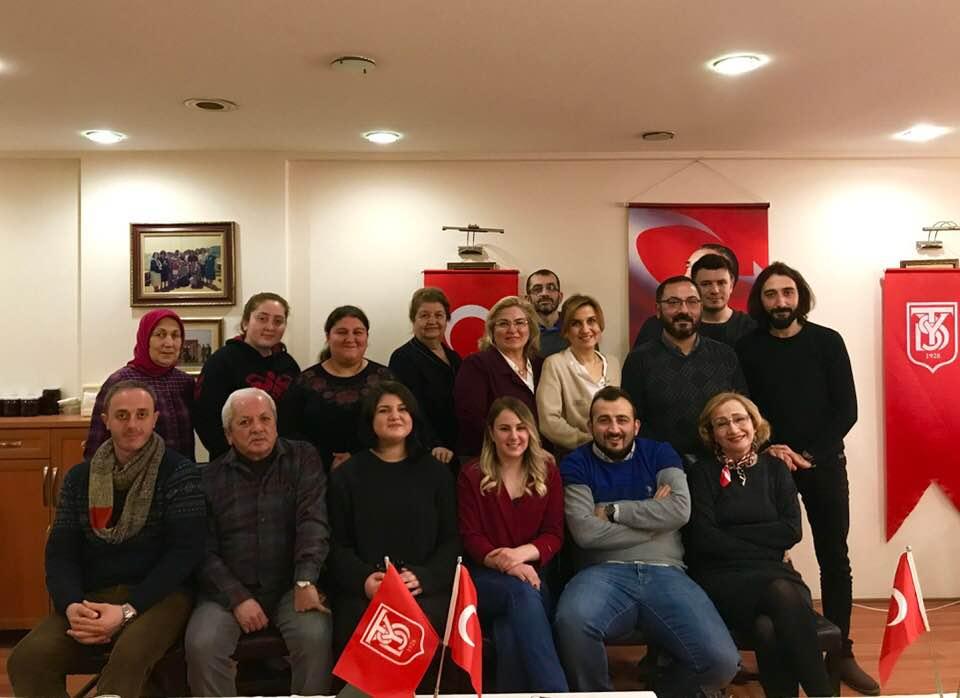 YARDIM SEVENLER DERNEĞİ FATSA ŞUBESİ GAZETECİLERİ YEMEKTE AĞIRLADI