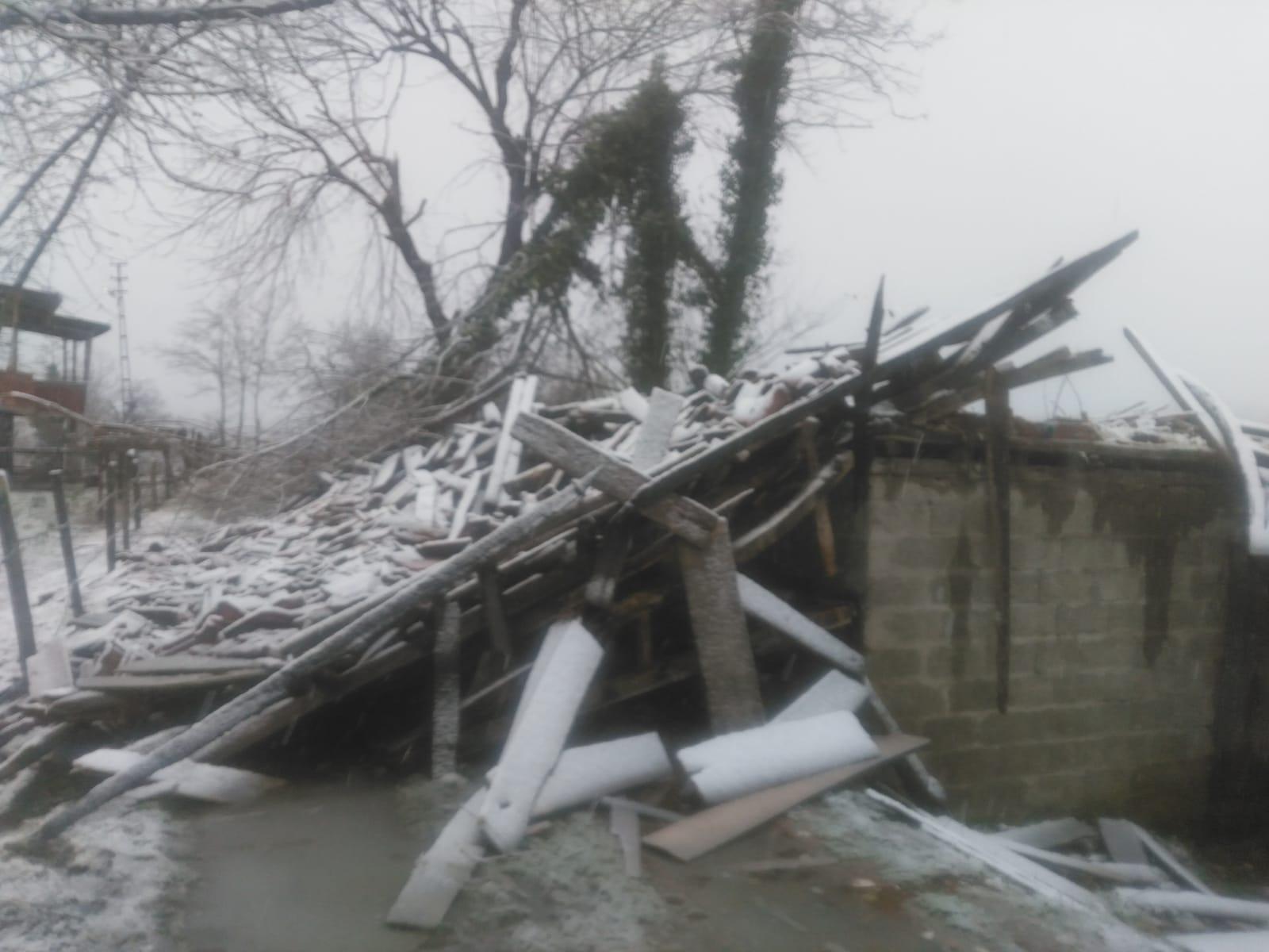 Kayaköy'de Fırtına Sonrası Maddi Hasar Meydana Geldi