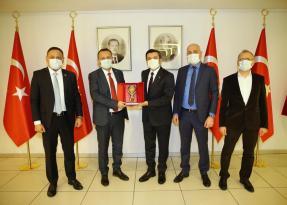 Sağlık-Sen'den Dışişleri Bakan Yardımcısı Kıran'a ziyaret